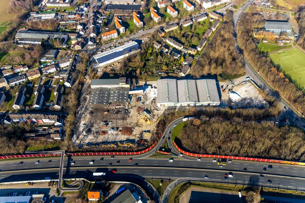 Aerial photograph Bochum - Demolition work on the site of the former logistics center ruin on Berliner Strasse for the new building of a hardware store in the district Wattenscheid in Bochum in the state North Rhine-Westphalia, Germany