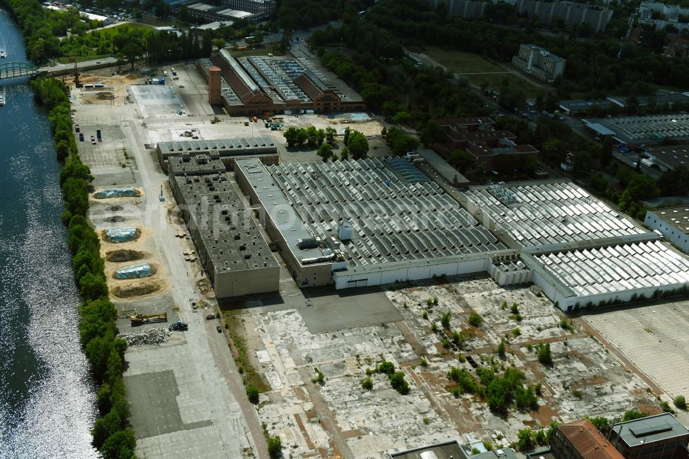 Aerial image Berlin - Demolition work on the site of the Industry- ruins on Gartenfelder Strasse in the district Siemensstadt in Berlin, Germany