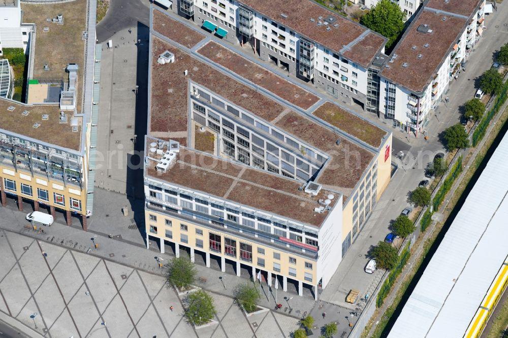 zu verkaufen modisches und attraktives Paket bieten viel Berlin from the bird's eye view: Campus building of the ...