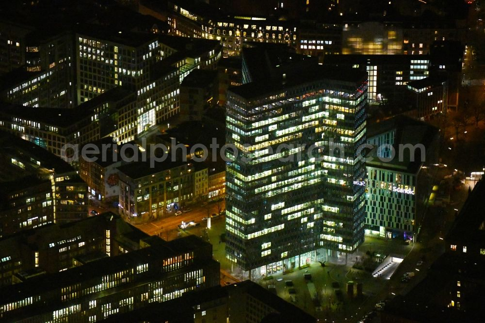Hamburg at night from the bird perspective: Night lighting high-rise ensemble of Emporio-Hochhaus in the district Neustadt in Hamburg, Germany