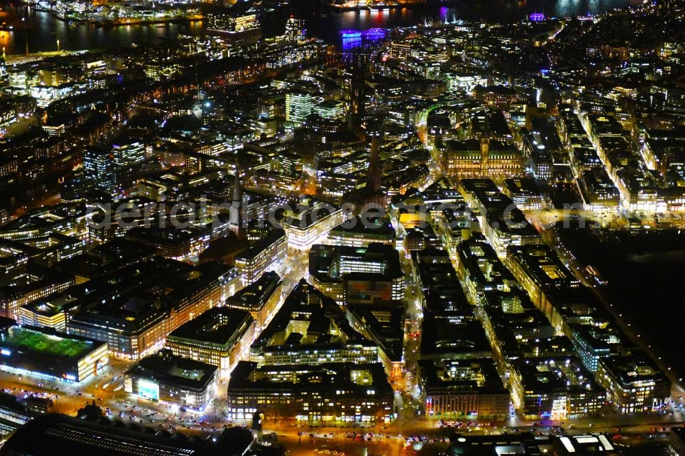 Aerial photograph at night Hamburg - Night lighting city view on down town Ballindamm - Glockengiesserwall - Rosenstrasse in the district Zentrum in Hamburg, Germany