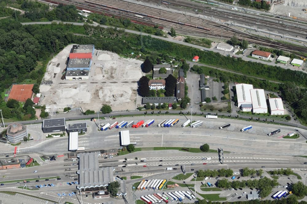 Aerial photograph Weil am Rhein - Demolition and dismantling of buildings on the former factory grounds of foil manufacturer Lofo at the motorway border control Germany / Switzerland in Weil am Rhein in the state Baden-Wurttemberg, Germany