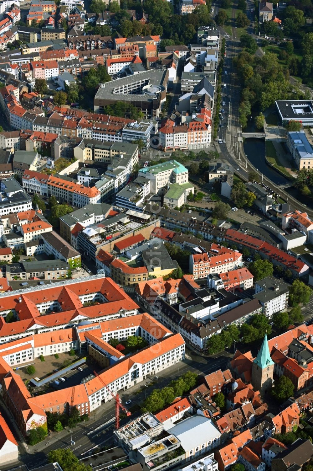 Braunschweig from above - Building site office building Sportzentrum Gueldenstrasse in the district Innenstadt in Brunswick in the state Lower Saxony, Germany