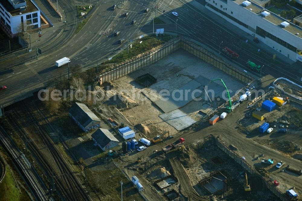 Aerial image Potsdam - Construction site with development works and embankments works on river banks of Havel in the district Suedliche Innenstadt in Potsdam in the state Brandenburg, Germany