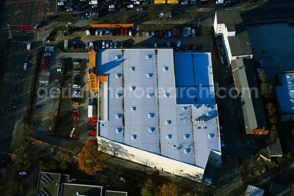Aerial photograph Berlin - New construction of the building complex of the shopping center in ehemaligen Fabrikgebaeude of formerly GDR Baerensiegel on Adlergestell corner Glienicker Weg in the district Adlershof in Berlin, Germany