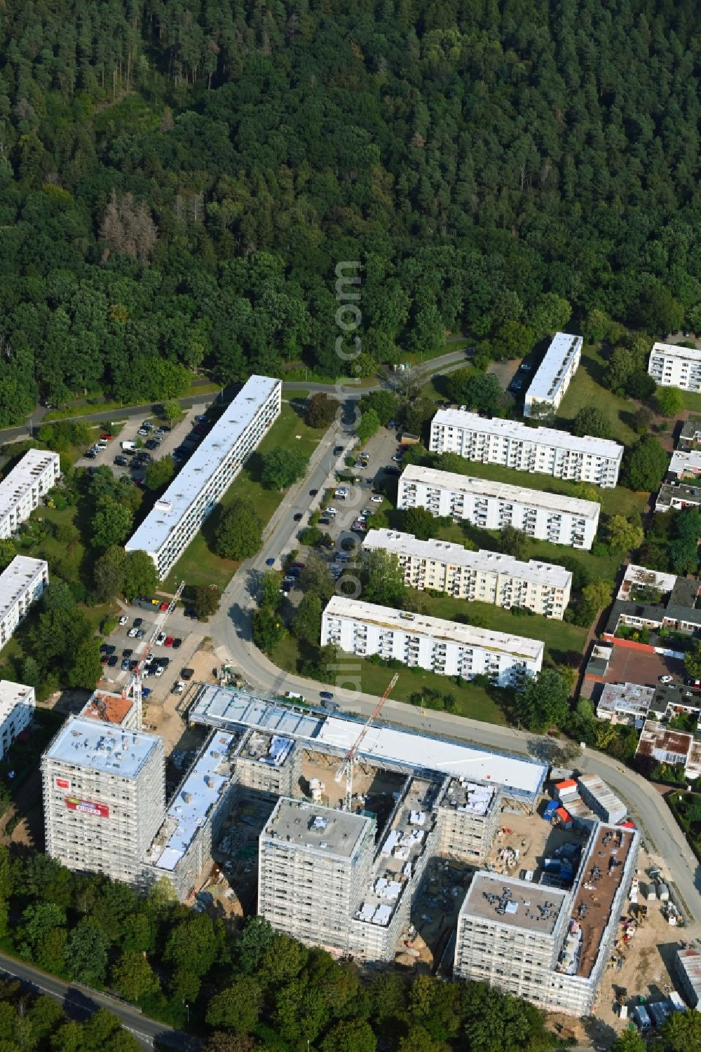 Aerial image Wolfsburg - Construction site for new high-rise building complex Wohnanlage Kurt 2.0 on Kurt - Schumacher - Ring in the district Detmerode in Wolfsburg in the state Lower Saxony, Germany