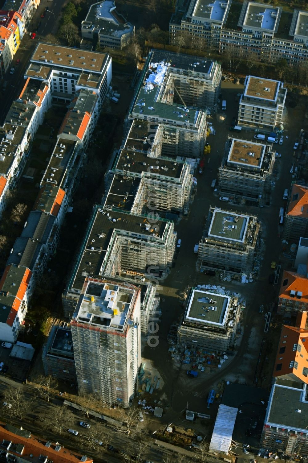 Berlin from above - Construction site for new high-rise building complex am Wohnpark St. Marien in the district Neukoelln in Berlin, Germany