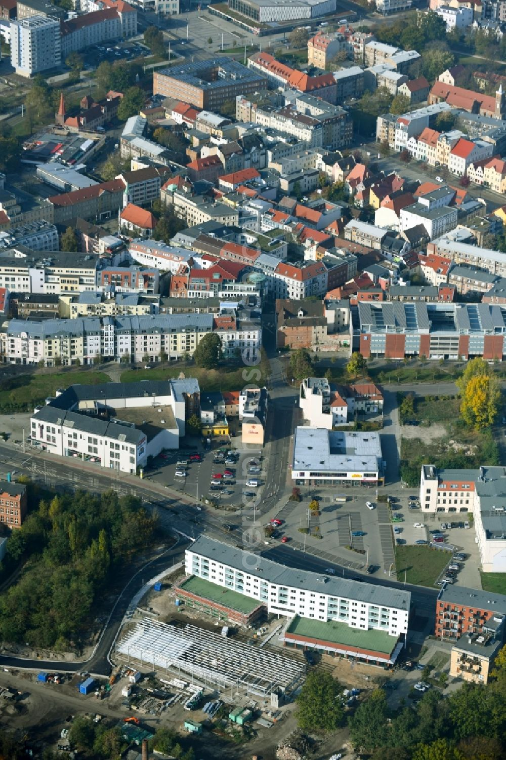 Cottbus from above - Construction site to build a new multi-family residential complex and a car park of eG Wohnen 1902 on Franz-Mehring-Strasse in Cottbus in the state Brandenburg, Germany