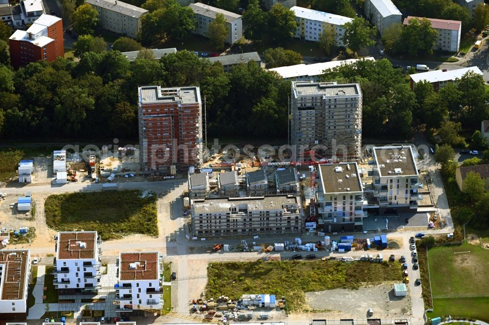 Wolfsburg from above - Construction site to build a new multi-family residential complex Reislinger Strasse - Hellwinkel Terassen - Nelkenweg - Lerchenweg in the district Hellwinkel in Wolfsburg in the state Lower Saxony, Germany