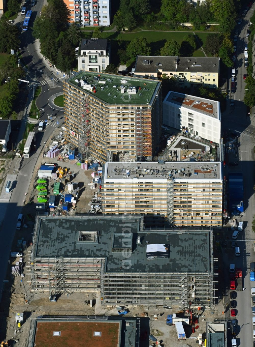 München from above - Construction site to build a new multi-family residential complex of MuenchenBau GmbH on Berduxstrasse in the district Pasing-Obermenzing in Munich in the state Bavaria, Germany