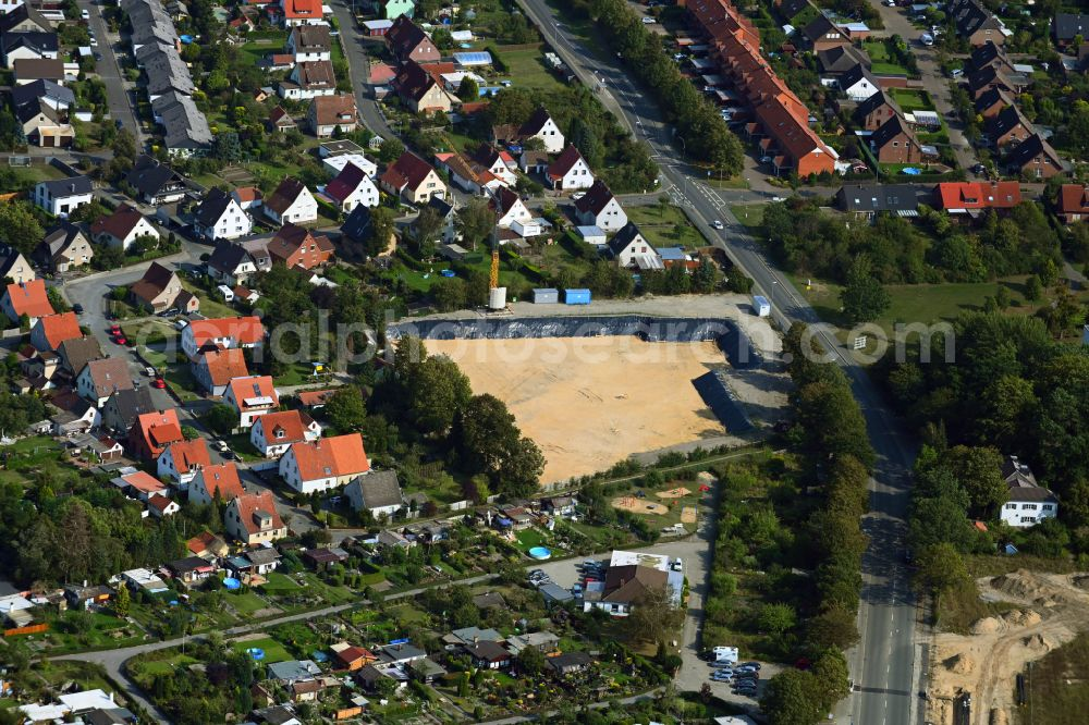 Wolfsburg from the bird's eye view: Construction site to build a new multi-family residential complex of Sandkruggaerten with nursing campus on Sandkrugstrasse in the district Reislingen in Wolfsburg in the state Lower Saxony, Germany