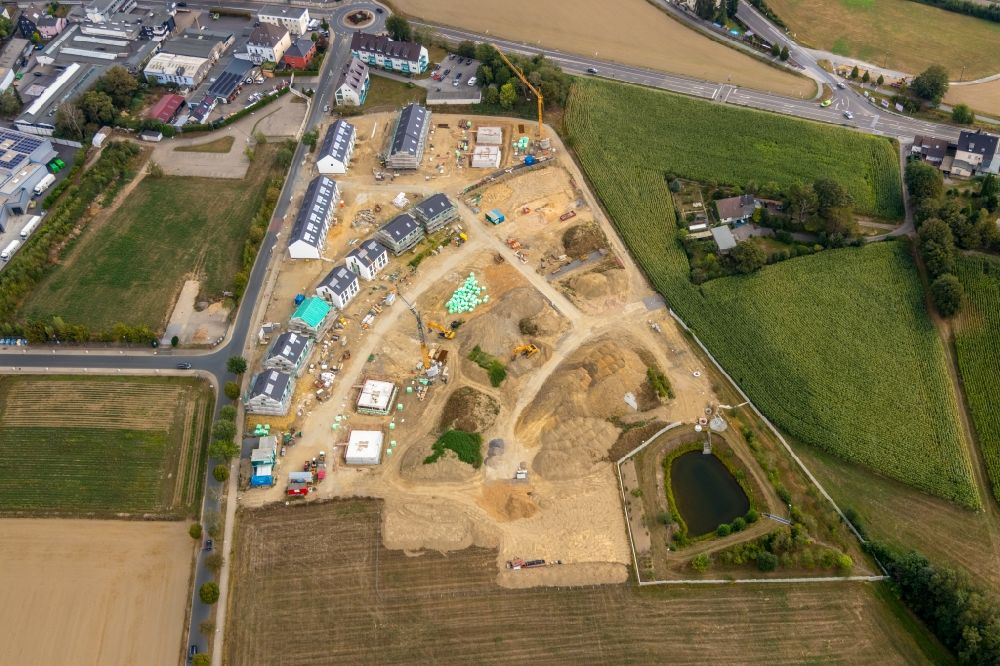 Velbert from the bird's eye view: Construction site to build a new multi-family residential complex Wimmersberger Suedblick in the district Neviges in Velbert in the state North Rhine-Westphalia, Germany