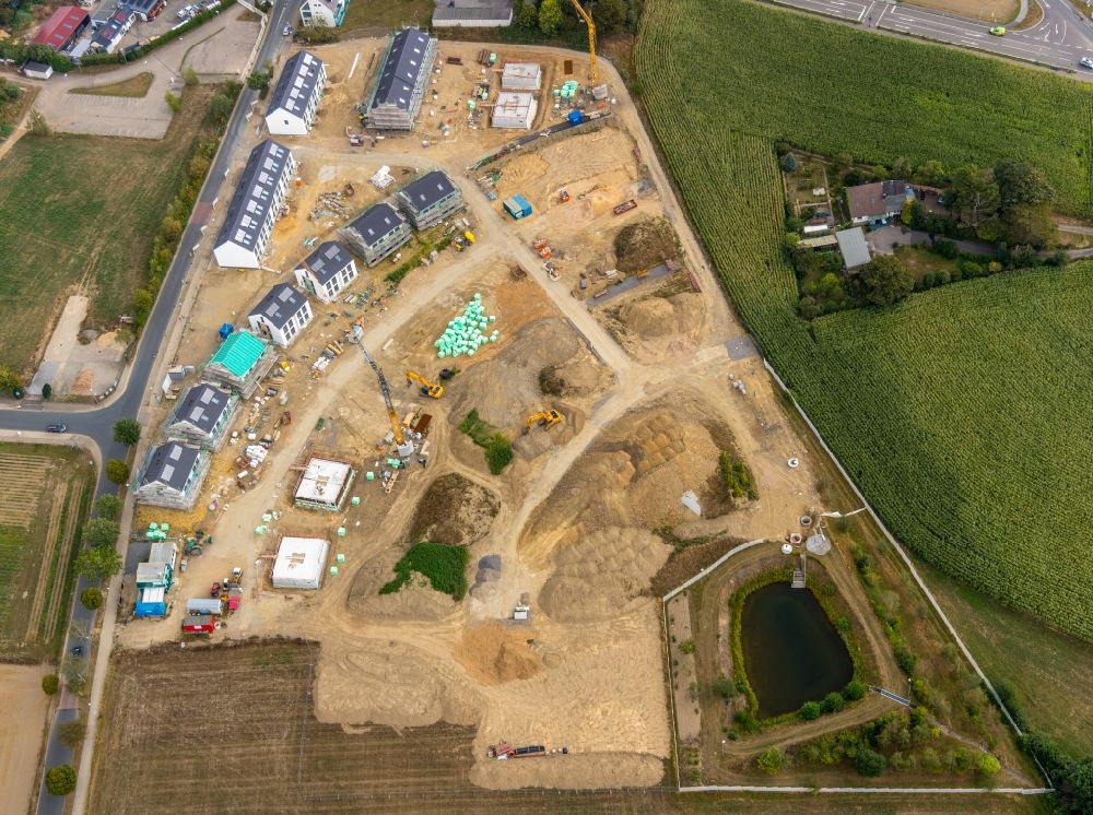 Aerial image Velbert - Construction site to build a new multi-family residential complex Wimmersberger Suedblick in the district Neviges in Velbert in the state North Rhine-Westphalia, Germany