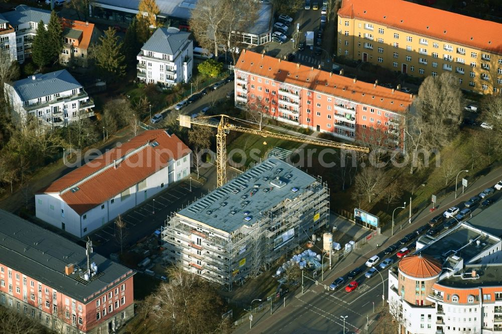 Aerial photograph Berlin - Construction site for the multi-family residential building on Bahnhofstrasse in the district Koepenick in Berlin, Germany. Further information at: Grubitz & Leitloff OHG, structure GmbH Bautraegergesellschaft.