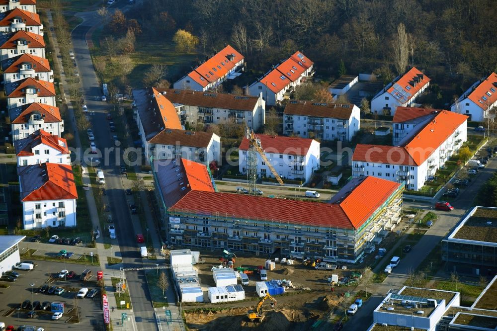 Aerial photograph Potsdam - Construction site for the multi-family residential building of Bayerische Staedte- and Wohnungsbau GmbH & Co. KG Am Zachelsberg / In der Feldmark in the district Golm in Potsdam in the state Brandenburg, Germany