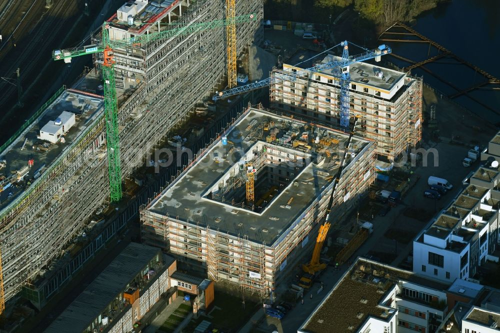 Aerial image Berlin - Construction site for the multi-family residential building on Glasblaeserallee in the district Friedrichshain in Berlin, Germany. Further information at: HOWOGE Wohnungsbaugesellschaft mbH, Willi Meyer Bauunternehmen GmbH, ZOOMARCHITEKTEN GmbH.