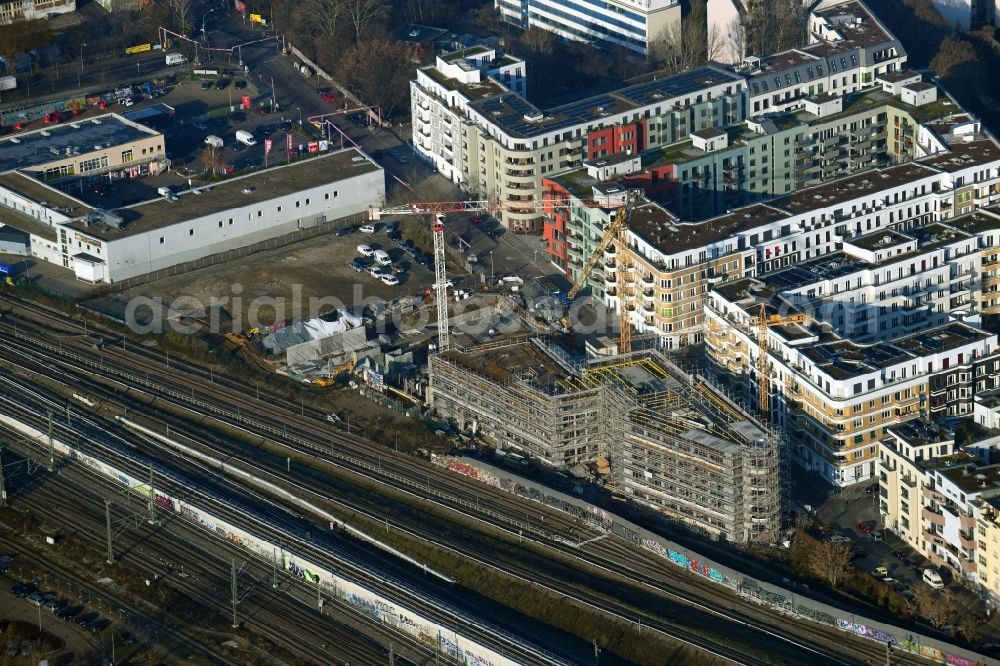 Berlin from above - Construction site for the multi-family residential building Revaler Spitze on Revaler Strasse in the district Friedrichshain in Berlin, Germany