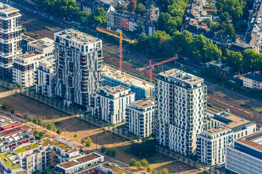 Aerial image Düsseldorf - Construction on Office building - Ensemble Le Quartier Central at the Toulouser Allee in the district Zoo in Duesseldorf in the state North Rhine-Westphalia