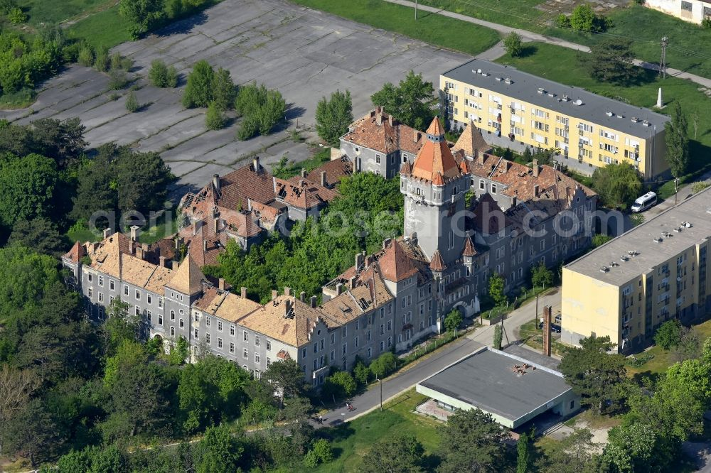 Aerial photograph Hajmasker - Castle of the fortress KATONA- KASTELY Hajmasker in Hajmasker in Wesprim, Hungary