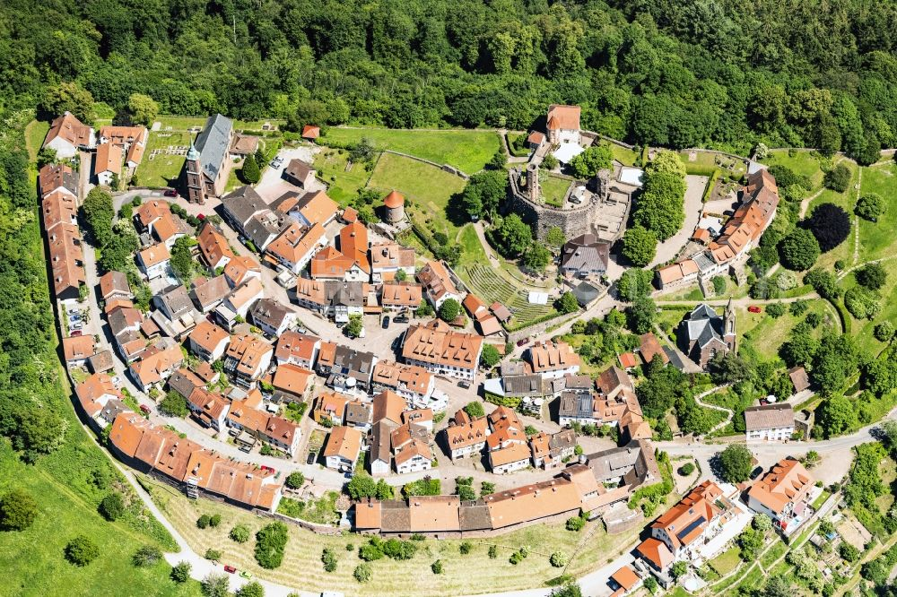 Mückenloch from the bird's eye view: Village view in Mueckenloch in the state Baden-Wurttemberg, Germany.