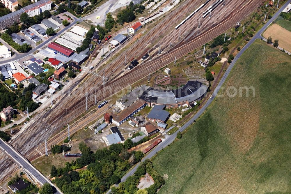 Falkenberg/Elster from the bird's eye view: Bridge girders in the circle center of the turntable at the depot of the railway depot .. in Falkenberg/Elster in the state Brandenburg, Germany