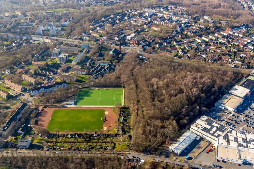 Aerial image Bochum - Ensemble of sports grounds In der Provitze - Gemeindestrasse in the district Hofstede in Bochum in the state North Rhine-Westphalia, Germany