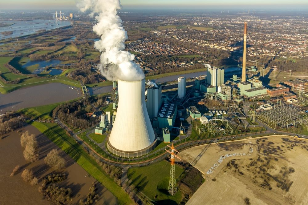 Aerial photograph Duisburg - Development area of industrial wasteland Logport VI on shore of rhine river on destrict Walsum in Duisburg in the state North Rhine-Westphalia, Germany