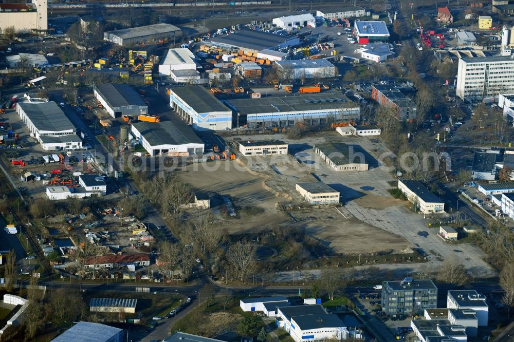 Potsdam from the bird's eye view: Development area of industrial wasteland next to the work premises of the Stadtwerke Potsdam GmbH along the Drewitzer Strasse in the district Drewitz in Potsdam in the state Brandenburg, Germany.