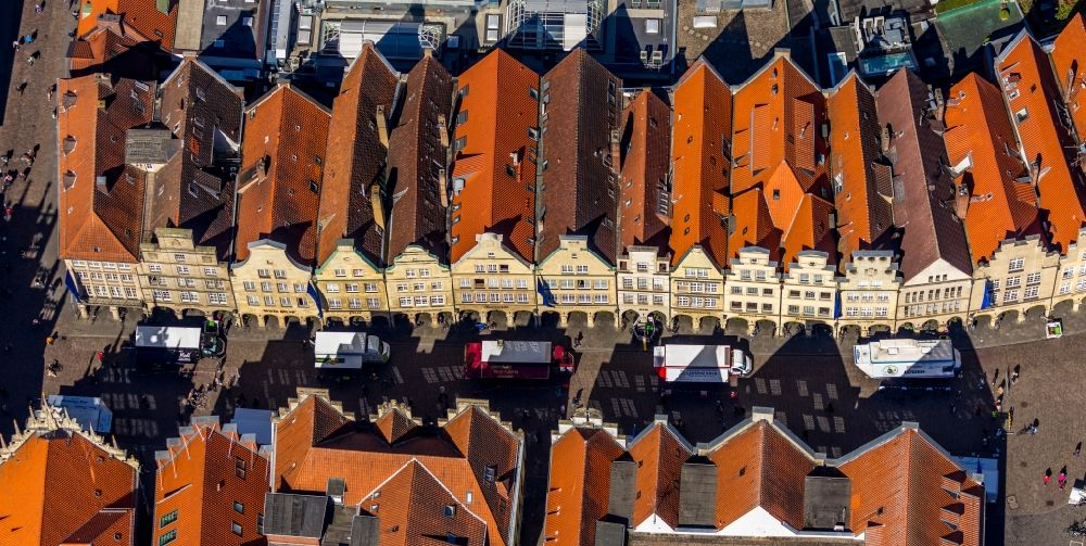 Münster from above - Half-timbered house and multi-family house- residential area in the old town area and inner city center on Prinzipalmarkt in the district Altstadt in Muenster in the state North Rhine-Westphalia, Germany