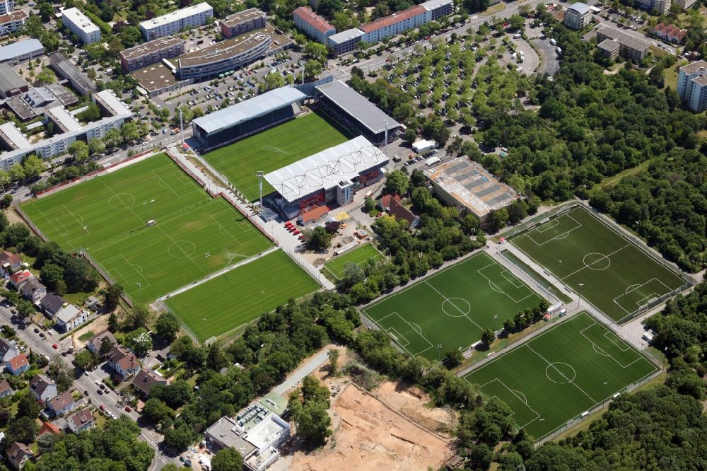 Aerial image Mainz - Football stadium of the football club 1. FSV Mainz 05, called Bruchweg Stadium, in the district Hartenberg-Muenchfeld in Mainz in the state Rhineland-Palatinate, Germany. In front of it are the training areas