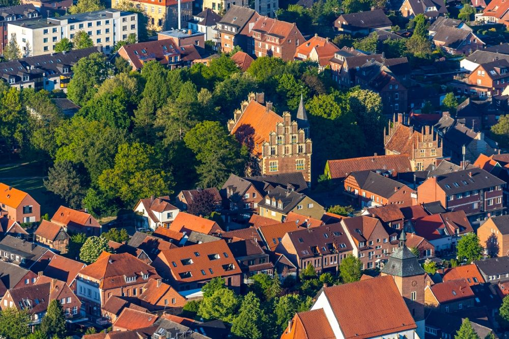 Münster from above - Building the visitor center Drostenhof on Drostenhofstrasse on Wolbecker Park in Muenster in the state North Rhine-Westphalia, Germany