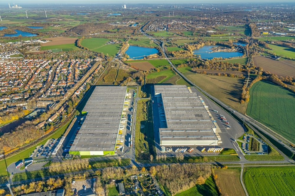 Kamp-Lintfort from above - Building complex and distribution center on the site on Norddeutschlandstrasse in the district Niersenbruch in Kamp-Lintfort in the state North Rhine-Westphalia, Germany