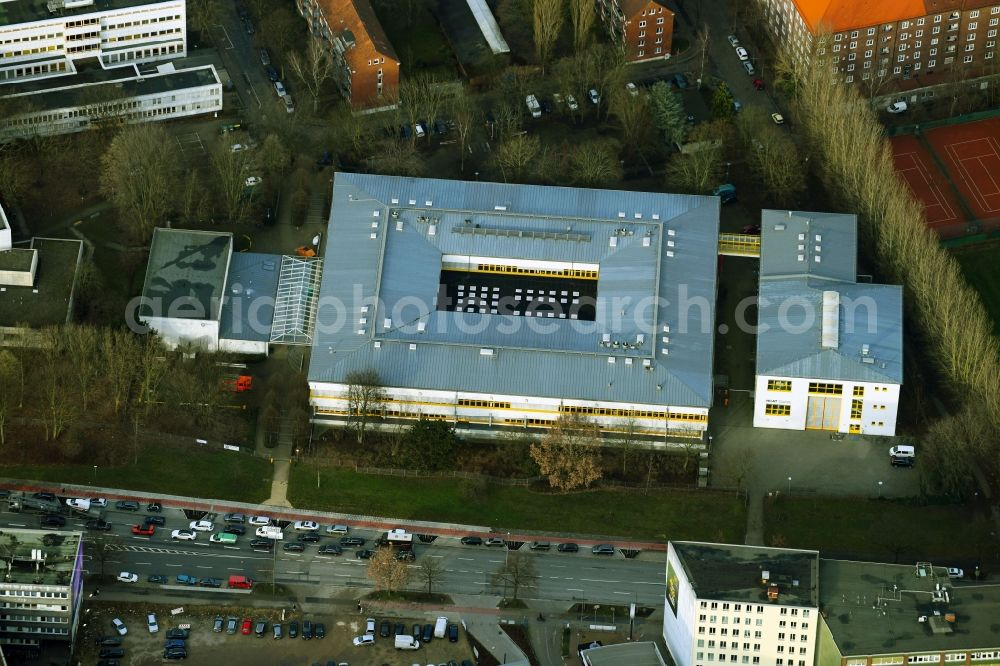 Aerial image Hamburg - Building complex of the education and training center on Brekelbaums Park in the district Borgfelde in Hamburg, Germany