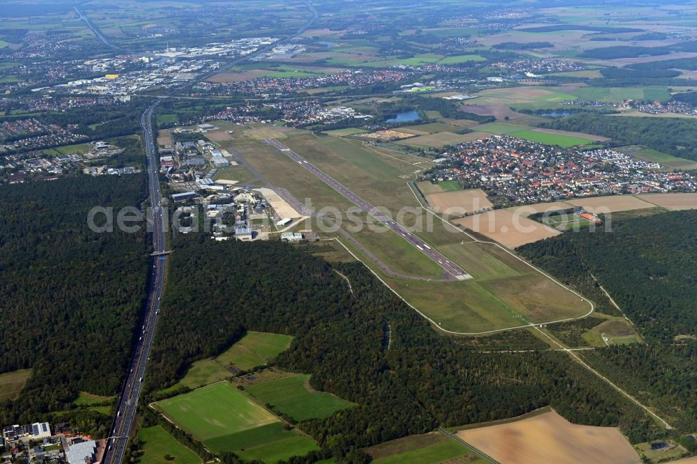 Aerial image Braunschweig - Runway with hangar taxiways and terminals on the grounds of the airport in the district Waggum in Brunswick in the state Lower Saxony, Germany