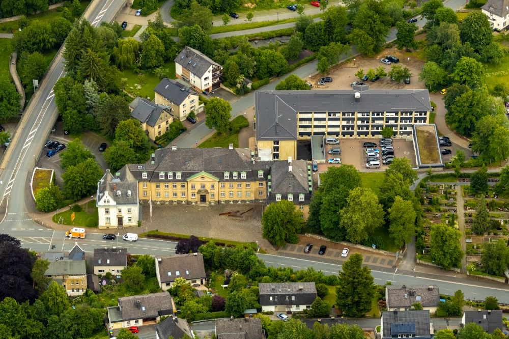 Meschede from above - Court- Building complex of the Amtsgericht Meschede on Steinstrasse in Meschede in the state North Rhine-Westphalia, Germany