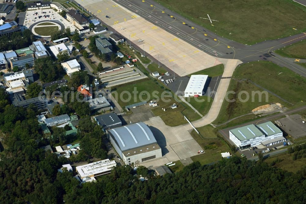 Braunschweig from above - Industrial estate and company settlement on airport in the district Waggum in Brunswick in the state Lower Saxony, Germany