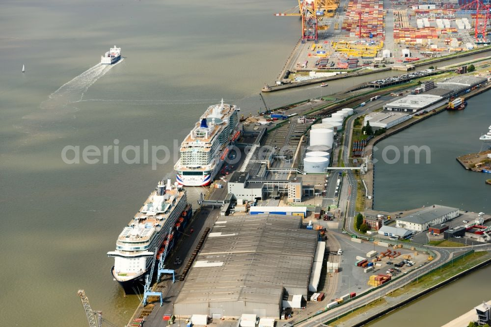 Aerial image Bremerhaven - Port facilities on the shores of the harbor of in Bremerhaven in the state Bremen, Germany