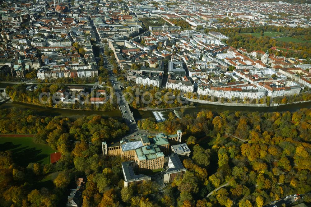 Aerial image München - Autumnal discolored vegetation view building complex of the Maximilianeum - Bayerischer Landtag on Max-Planck-Strasse in Munich in the state Bavaria, Germany
