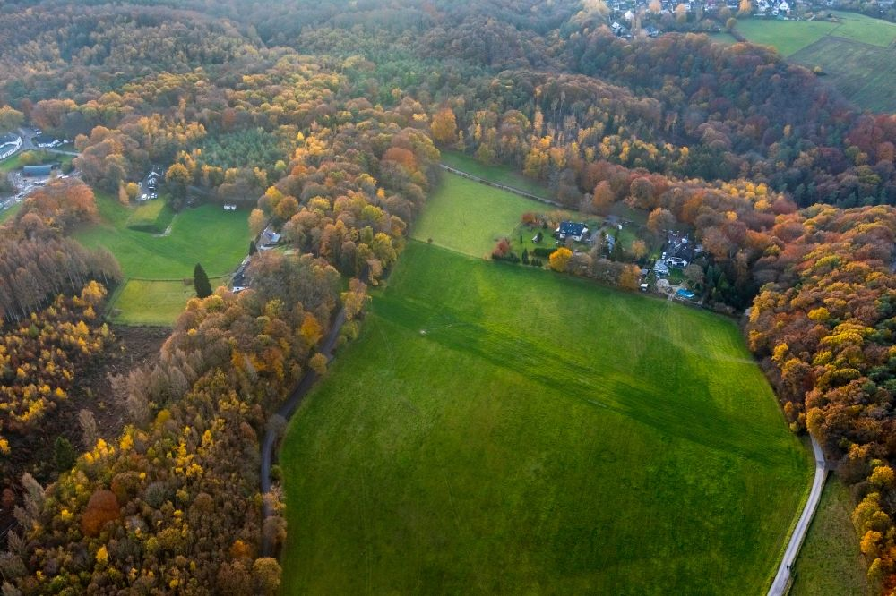 Aerial image Witten - Autumnal discolored vegetation view homestead of a farm surrounded by forest in Witten in the state North Rhine-Westphalia, Germany.