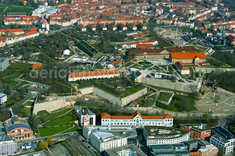 Erfurt from the bird's eye view: Tourist attraction and sightseeing Petersberg in the district Altstadt in Erfurt in the state Thuringia, Germany