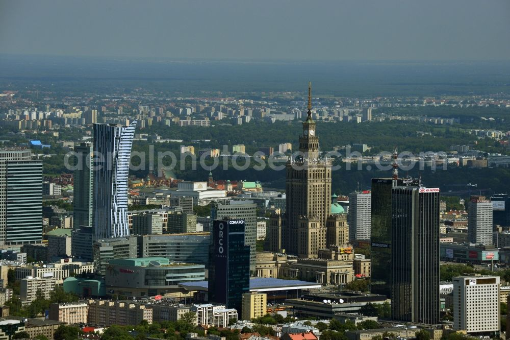 Warschau from the bird's eye view: Skyscraper skyline in the city center of Warsaw in Poland. The series of buildings ranging from the landmark high-rise buildings of the Palace of Culture and Science, the Zlota 44, Blue Tower Plaza; Hotel Inter-Continental; Warsaw Financial Center; Rondo 1-B; Oxford Tower and other