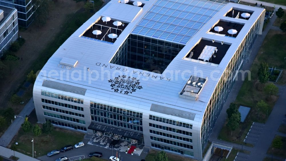 Bonn from the bird's eye view: Complex of the hotel building Koneha Grand Bonn Am Bonner Bogen in the district Beuel in Bonn in the state North Rhine-Westphalia, Germany