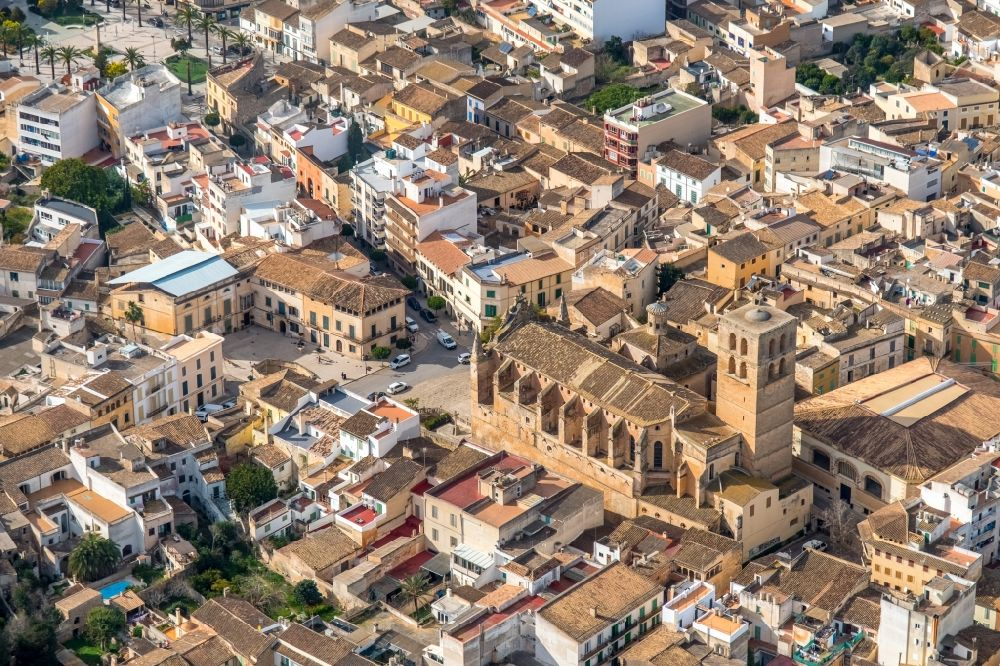 Felanitx from the bird's eye view: Church building in ParrA?quia de Sant Miquel Old Town- center of downtown in Felanitx in Balearische Insel Mallorca, Spain