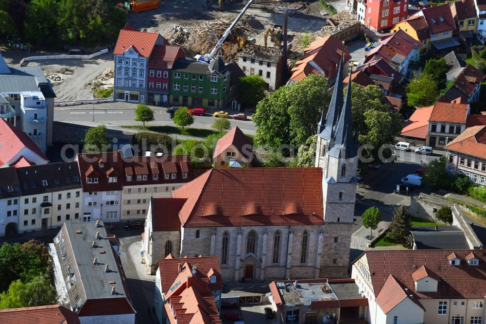 Aerial photograph Mühlhausen - Church building in St. Jacobi - Jacobikirche Old Town- center of downtown in Muehlhausen in the state Thuringia, Germany