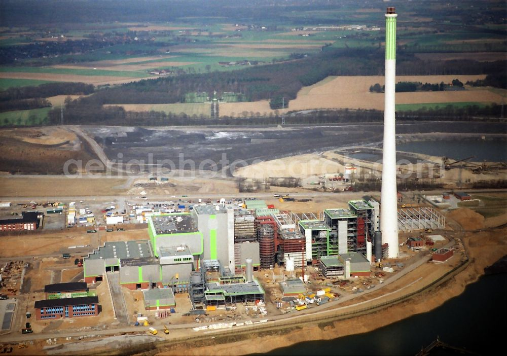 Aerial image Kamp-Lintfort - Power plants and exhaust towers of Waste incineration plant station Abfallentsorgungszentrum Asdonkshof Graftstrasse in Kamp-Lintfort in the state North Rhine-Westphalia, Germany