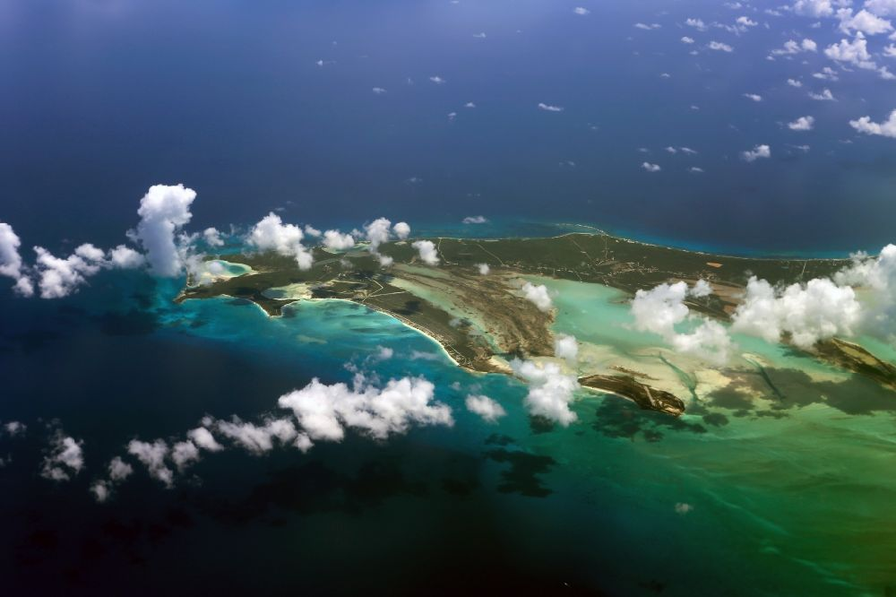 1d3bc21a964 Aerial image Karibische Inseln - Coastal Caribbean Pacific islands on the  edge of the North Atlantic Ocean in Ragged Iceland