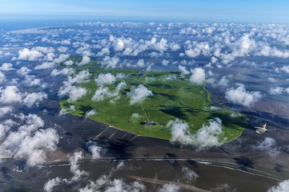 Aerial photograph Hooge - Coastal area of the North Sea Halligen - Island in Hooge in the state Schleswig-Holstein