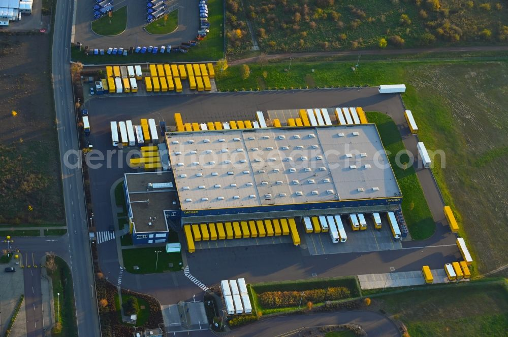 Magdeburg from above - Warehouses and forwarding building of Dachser SE in the district Gewerbegebiet Nord in Magdeburg in the state Saxony-Anhalt, Germany