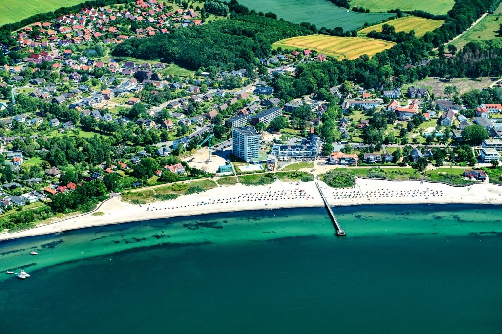 Aerial photograph Neustadt in Holstein - Townscape on the seacoast of Baltic Sea in Pelzerhaken in the state Schleswig-Holstein