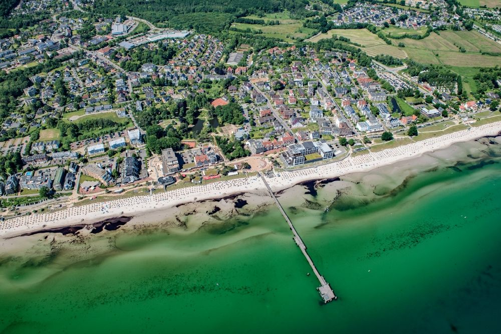 Aerial image Scharbeutz - Townscape on the seacoast of Baltic Sea in Scharbeutz in the state Schleswig-Holstein